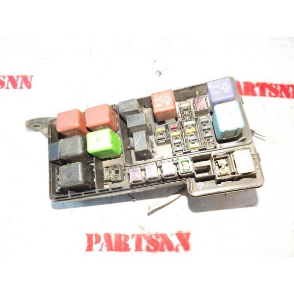 Блок предохранителей  Lexus RX 300 (1998-2003)