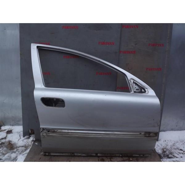 Дверь передняя правая  Volvo S60 2000-2009